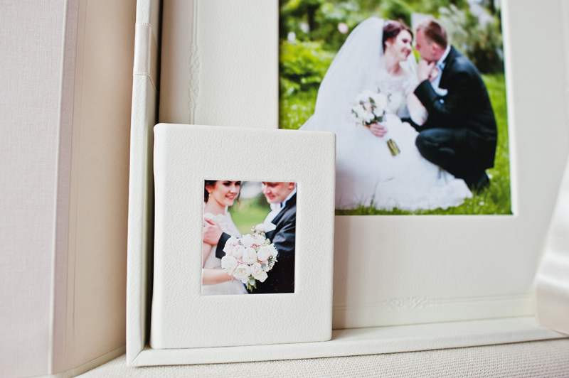 wedding-whiteframe